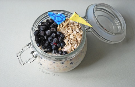 Blueberries and Ginger Overnight Oatmeal