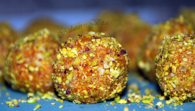 bliss power balls apricot pistachio