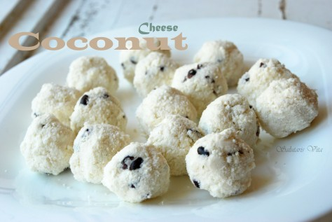 Coconut Cheese Balls 4COCHSV