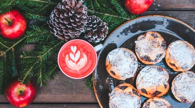 Quick Tips: How to Survive the Holidays with a Minimum Damage to Your Figure. Як Пережити Свята з Мінімум Шкоди для Своєї Фігури.